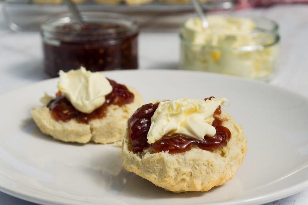 Easy Scone Recipe - How to make three ingredient scones - Scones with jam and cream
